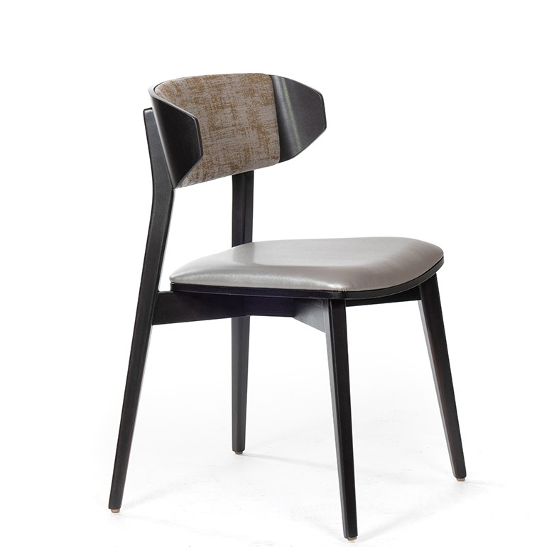 Selene Three Chair